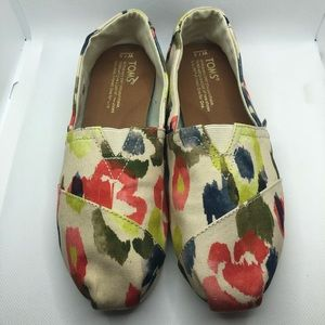 Tom's Watercolor Floral Print Slip On Shoes 7.5